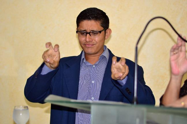 Rodrigo Pimenta__Associação de Surdos de Santana usam a tribuna da Alapa e expõem dificuldades 03 - deputado Paulo Lemos