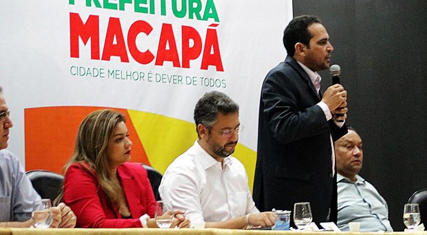 DEPUTADO PAULO LEMOS PARTICIPA DA ABERTURA DO CONGRESSO DO POVO DE MACAPÁ 05