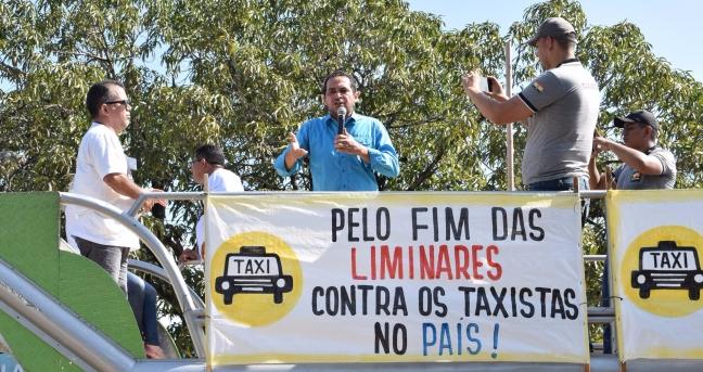 Paulo Lemos garante apoio à classe dos taxistas amapaenses