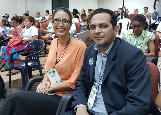 Deputado Paulo Lemos e Anne Pariz, coordenadora Municipal de Políticas Públicas para as Mulheres de Macapá